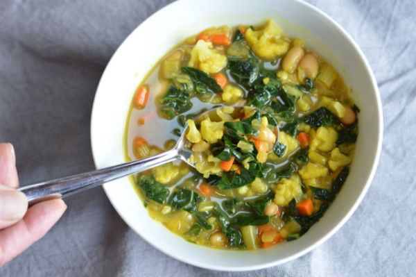 Spring-Cleansing Turmeric Vegetable Soup